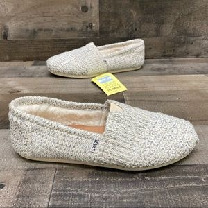 Tom's Fleece Lined Knit Slip on Shoes size 10